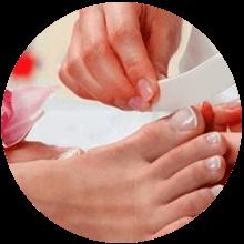 Limar y esmaltar pies